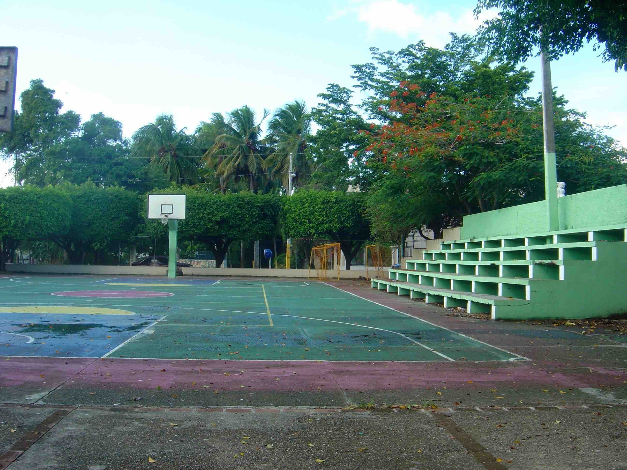 cancha-parquecentral-sport-riosanjuan-miriosanjuan.jpg